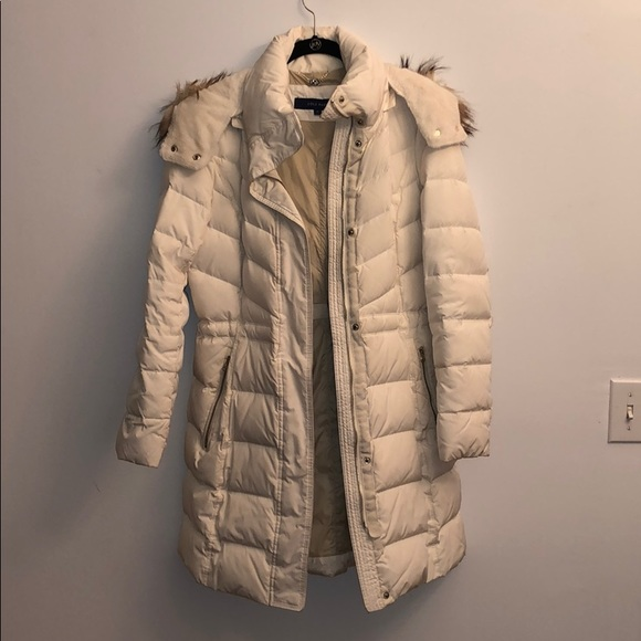 Cole Haan white puffer coat, detachable hood